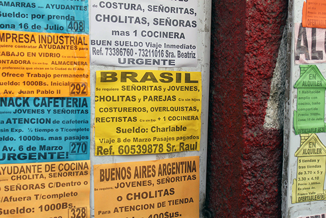Anúncios de trabalho para estrangeiros no Brasil (Foto: Reprodução)