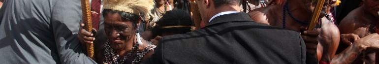 Indígenas reclamam de calúnia e protocolam interpelação criminal contra ministro Gilberto Carvalho