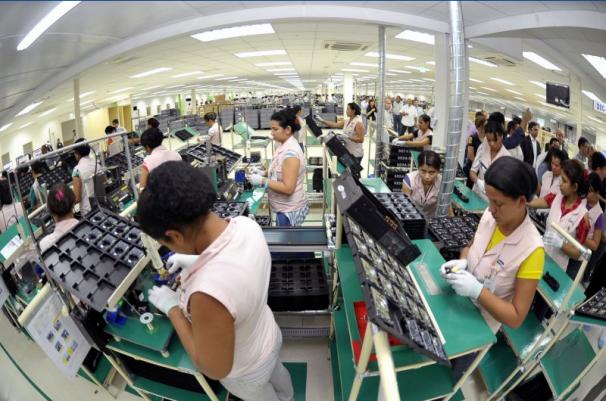 Fiscalização constatou que trabalhadores ficavam mais de dez horas em pé na fábrica da Samsung em Manaus. Foto: Alex Pazzuelo, Agência de Comunicações do Governo do Estado do Amazonas