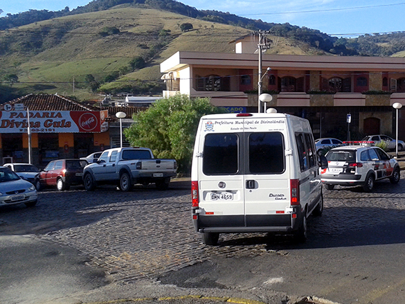 Grupo volta para casa em veículo cedido pela prefeitura local
