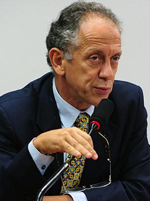 Walter Feldman (PSDB-SP) participa de sessão da CPI do Trabalho Escravo (Foto: X Y / Agência Câmara)