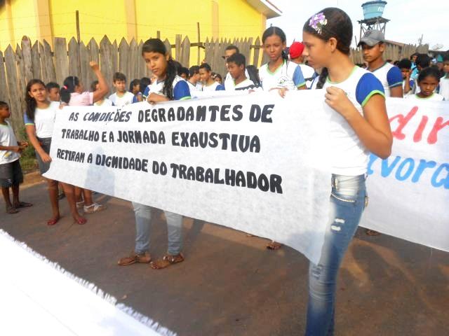 Programa educacional da Repórter Brasil conclui ações contra trabalho escravo