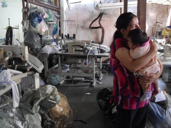 Trabalho escravo na produção de peças da marca Fenomenal. Foto: Divulgação/MPT