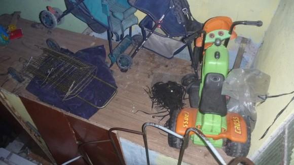 Cinco crianças e dois bebês viviam no alojamento em que o resgate aconteceu