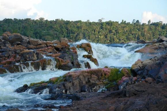 Cachoeira do Jericoá, na Volta Grande do Xingu, área afetada pela construção de Belo Monte. Foto: Verena Glass