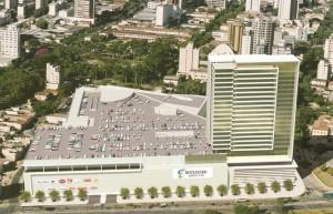 Trabalhadores foram empregados na construção de torre de shopping. Foto: Divulgação/Boulevard Shopping