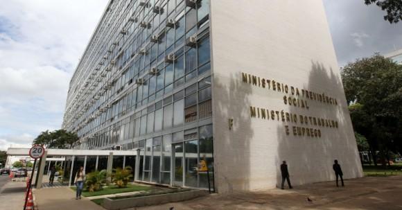 Proposta do governo pode fragilizar fiscalização e aumentar corrupção, dizem entidades