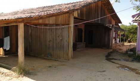 Fiscais flagram trabalho escravo na produção de tabaco em Santa Catarina