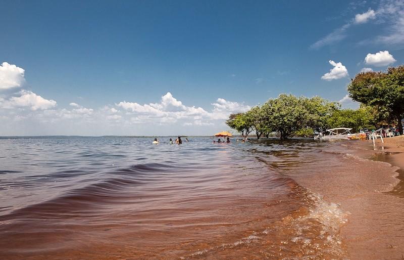 A praia do Açutuba, hoje bem preservada, deve receber grande fluxo de turistas. Foto: Lilo Clareto