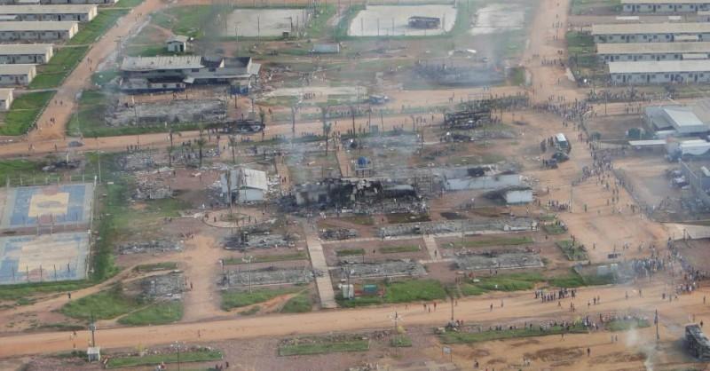 Trabalhadores atearam fogo nos alojamentos da usina de Jirau durante greve em 2011 Fonte: Secretaria de estado Segurança e Defesa da Cidadania