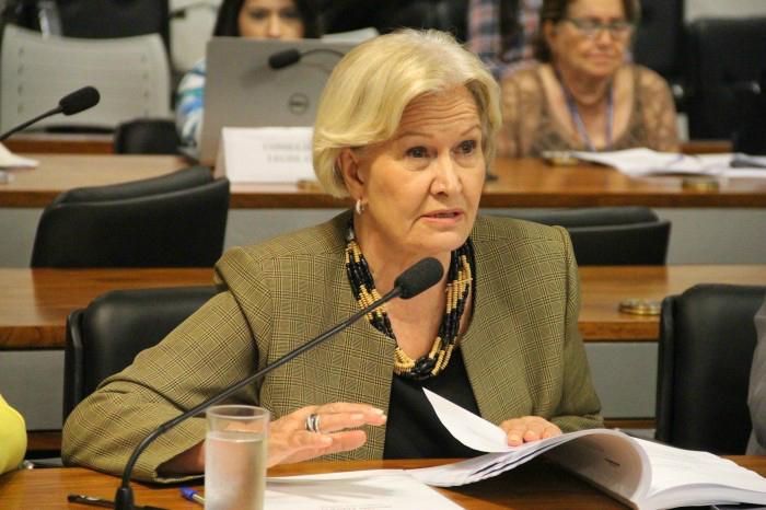 Senadora Ana Amélia (PP-RS), autora de projeto que muda as regras para a realização de pesquisas clínicas (Foto: Agência Senado)