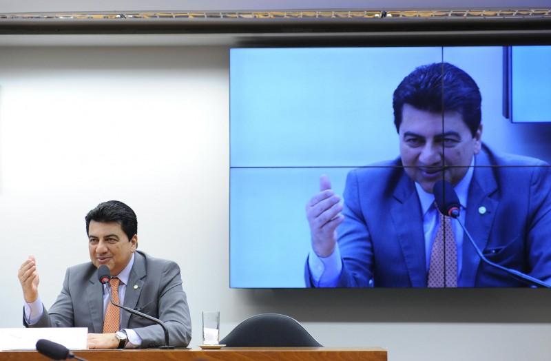 Deputado Manoel Junior (PMDB-PB) elegeu-se com contribuição dos laboratórios Eurofarma e Biolab (foto: Lucio Bernardo Junior)