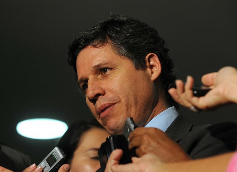 O deputado Paulo Teixeira (PT-SP) propôs projeto de lei que proíbe a concessão de patentes de segundo uso (Foto: Fabio Rodrigues Pozzebom)