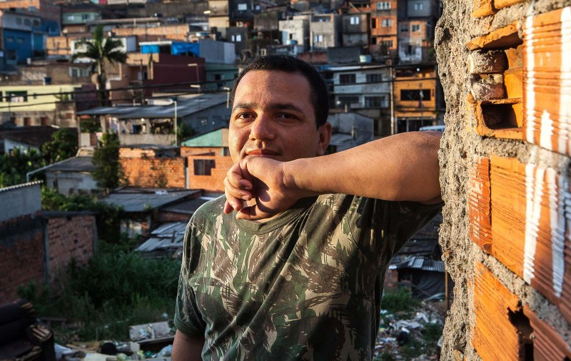 Em Santo André (SP), Francisco vive com sua esposa e filha em uma ocupação na periferia da cidade. Foto: Lilo Clareto/Repórter Brasil