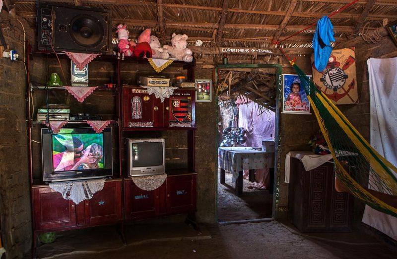 Interior da casa de um quilombola de Mata Virgem, Maranhão. Foto: Lilo Clareto/Repórter Brasil