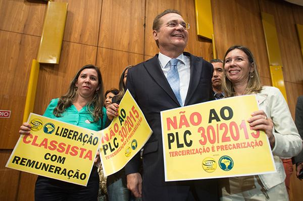 O Senado, presidido por Renan Calheiros, ainda não colocou a questão em pauta. Foto: Agência Brasil