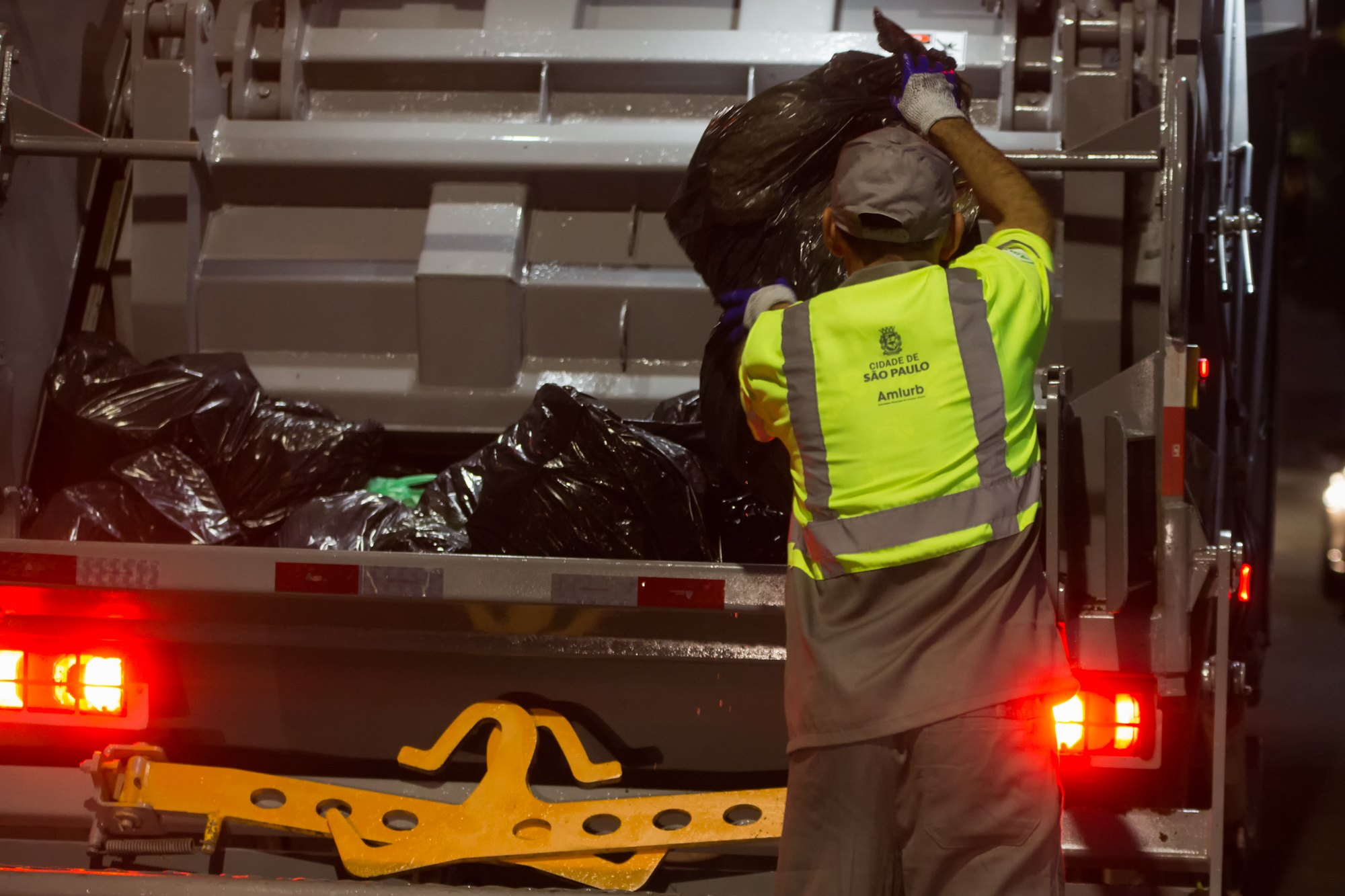 coletores de lixo- 2626 -4