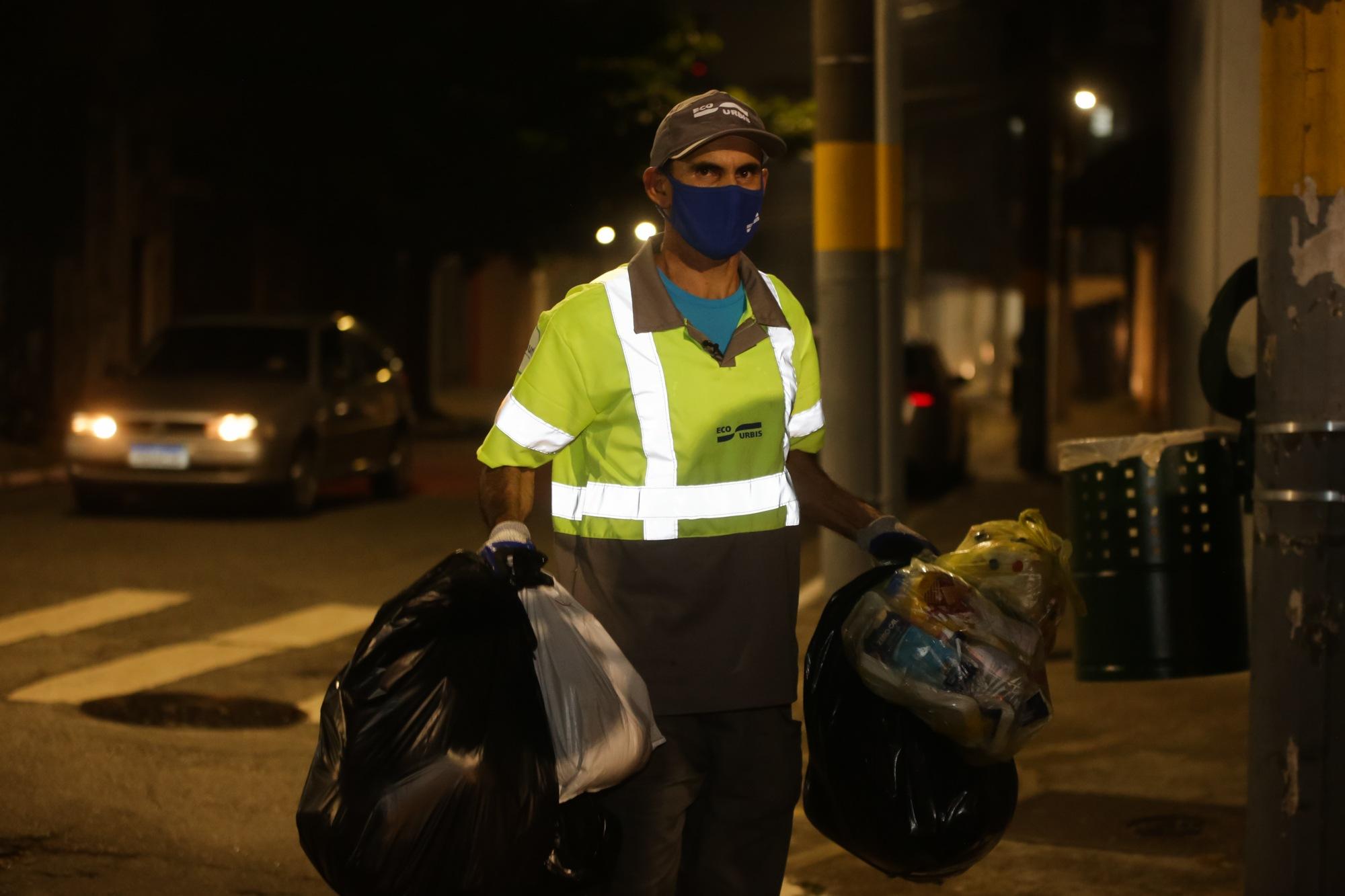 coletores de lixo-2847 -26